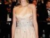 Ana de Armas conquista Cannes 2016: alfombra roja sonriendo