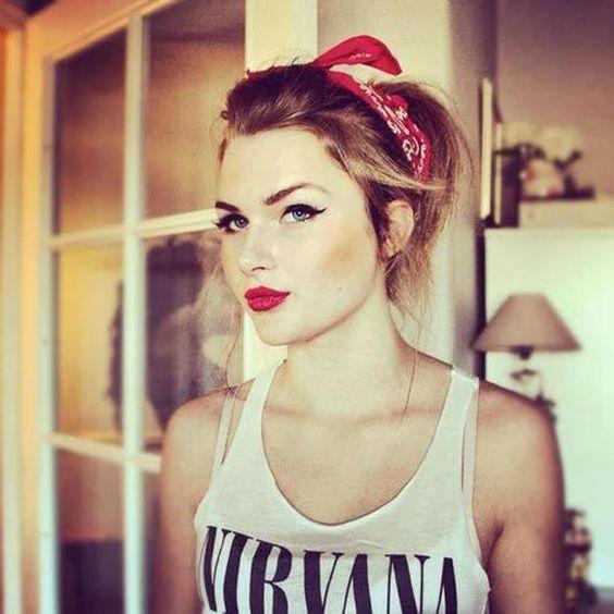 Bandanas para el pelo, el complemento perfecto para el verano [FOTOS] , Mujeralia