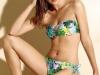 Bikinis Dolores Cortés 2016: modelo bandeau flores