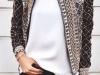 Camisetas básicas looks: chaqueta étnica