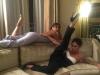 Cannes 2016 imágenes más divertidas en Instagram: Victoria Beckham y Eva Longoria sofá