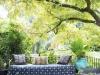 Decoración de terrazas y patios: sillón y puff
