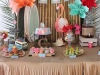 Decoración para una fiesta de cumpleaños en la piscina: candy bar