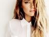 Peinados effortless: look melena con ondas con raya lateral
