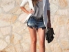 Shorts denim looks: blazer blanco
