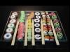 Sushi de gominolas: en bandeja