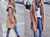 Abrigos oversize: look camel con capucha