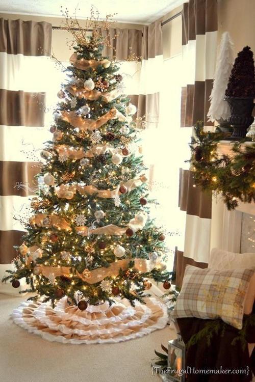 Rbol de navidad c mo decorarlo de manera original fotos - Arbol navidad dorado ...