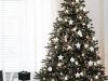 Árbol de Navidad ideas originales: estrellas y bolas blancas