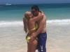Belén Esteban vacaciones en Punta Cana en Semana Santa: con Miguel dándose un beso