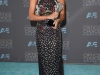 Critics' Choice Awards 2016 alfombra roja: Alicia Vikander de Mary Katrantzou
