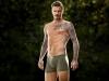 David Beckham: campaña H&M posando