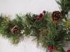 Decoración de chimeneas en Navidad: Leroy Merlin piñas