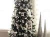 Decoración de Navidad en blanco y negro: árbol con letras y fotos