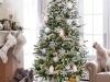 Decoración de Navidad plateada: árbol blanco y plata