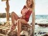 Elsa Pataky para Gioseppo campaña PV 2017: sandalias planas con borlas