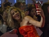 Elsa Pataky y Chris Hemsworth estreno 'En el corazón del mar' en Madrid: selfie