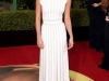 Globos de Oro 2016 alfombra roja: Alicia Vikander de Louis Vuitton