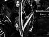 Irina Shayk embajadora L'Orèal: saliendo del coche