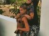 Justin Bieber y Hailey Baldwin relación: abrazados