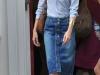 Looks total denim: falda lápiz con botones y camisa