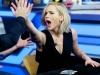 Los Juegos del Hambre protagonistas en El Hormiguero: Jennifer Lawrence chocando
