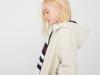 Mango vuelta al cole 2017: niña abrigo blanco