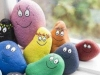 Manualidades para niños de primaria: piedras de colores