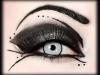Maquillaje Halloween Mujer: detalle sombras
