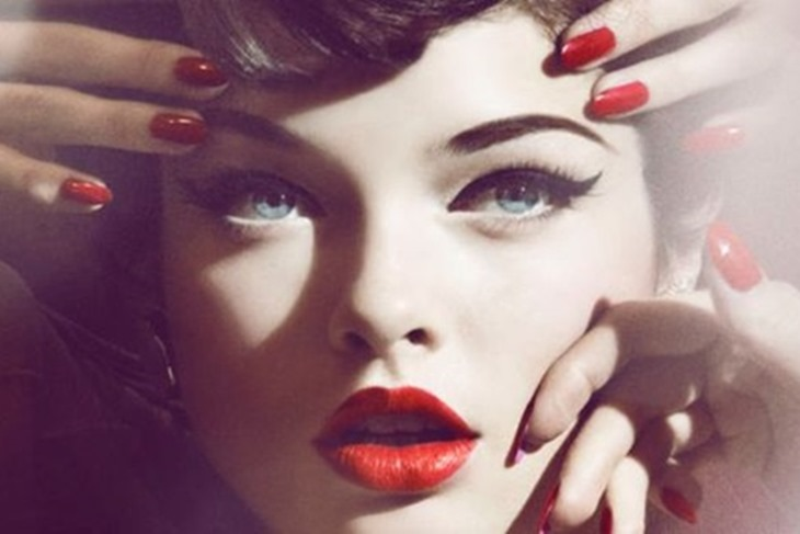 Maquillaje modelo Pinup para pelirrojas