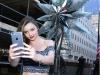 Miranda Kerr presentación estrella Swarovski en Nueva York: posando selfie