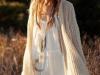 Moda Años 70 Estilo Hippie Chic: vestido blanco