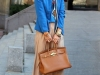 Pantalón palazzo: look con blazer azul