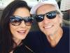 Parejas de famosos con diferencia de edad: Catherine Zeta Jones y Michael Douglas