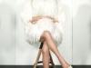 Paris Hilton posado revista Paper: abrigo blanco