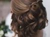 Peinados de novia con pelo corto 2016: semirecogido bucles