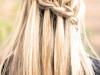 Peinados de novia románticos: melena con trenza