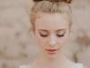 Peinados de novia románticos: recogido con moño alto