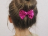 Peinados para niñas de Navidad: moño bailarina con lazo