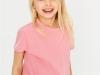 Peinados para niñas en verano: melena con diadema de flores
