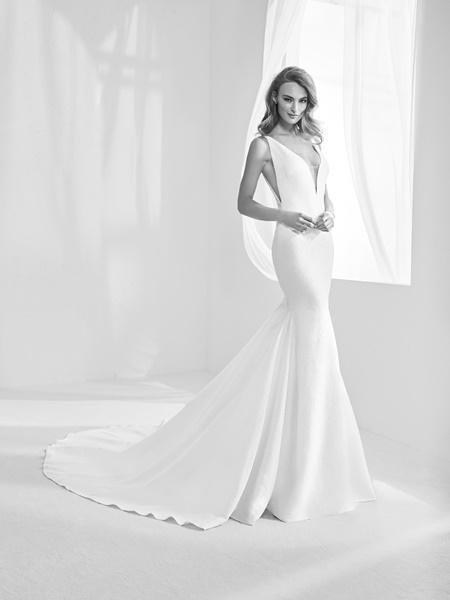 pronovias atelier 2018 vestidos de novia de lujo [fotos] - mujeralia