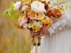 Ramos de novia de otoño vintage: hojas secas y rosas