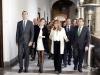 Reina Letizia look black & white en Sevilla: entrega Medallas de Oro al Mérito en las Bellas Artes