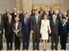 Reina Letizia look de Hugo Boss en el Museo del Prado: complementos rojos