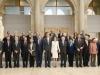 Reina Letizia look de Hugo Boss en el Museo del Prado: posando con los asistentes