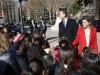Reina Letizia look de Hugo Boss en el Museo del Prado: saludando