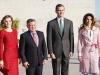 Reina Letizia y Rania de Jordania visita a Madrid: posando