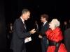 Reyes inauguración temporada Teatro Real 2015: saludando a una artista