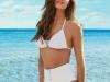 Sara Carbonero para Calzedonia 2018: bikini blanco