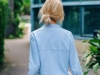Shorts estampados: look con camisa vaquera